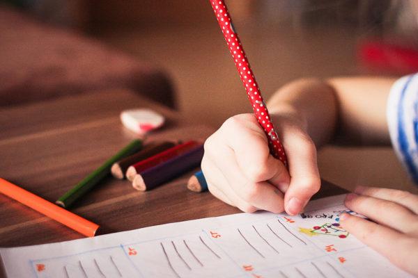 Contributo al mantenimento dei figli: le spese straordinarie